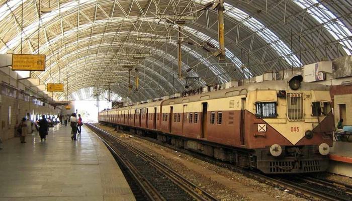 चेन्नई: चीख सुनकर चलती ट्रेन से कूदा RPF जवान, दूसरी बोगी में बैठी महिला को रेप से बचाया