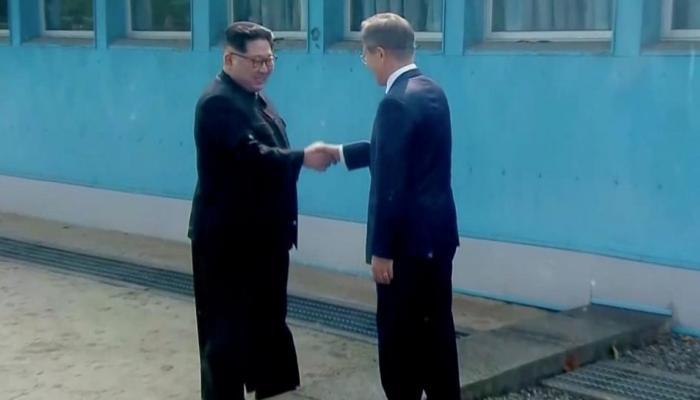 ऐतिहासिक लम्हा: किम जोंग उन ने दक्षिण कोरिया की धरती पर रखा कदम, पैदल ही पार की सैन्य सीमा