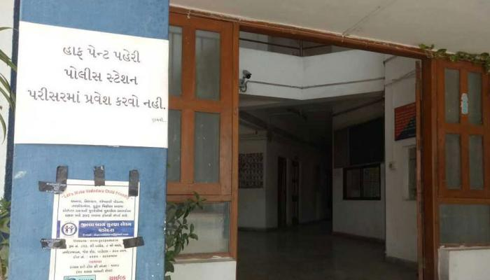 INDIA TODAY: Gujarat police issues notice, don't come to police station in shorts