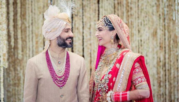 एक-दूसरे के हुए सोनम कपूर और आनंद अहूजा, देखें इस शादी के LIVE UPDATES