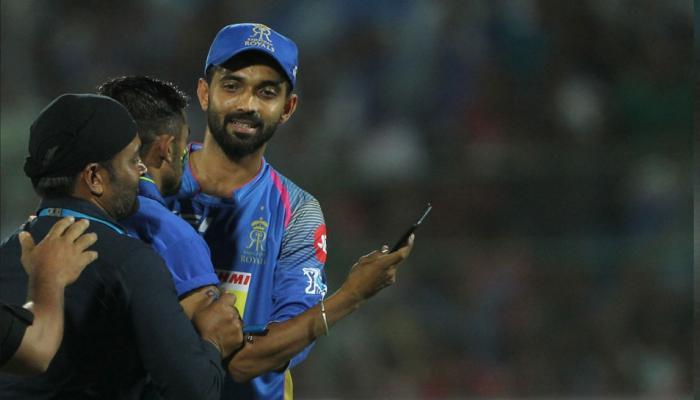 Ajinkya Rahane fan took risks to take selfie with him