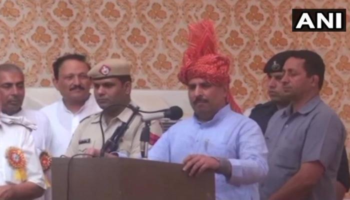 अलीगढ़ मुस्लिम यूनिवर्सिटी का नाम हिन्दू राजा के नाम पर रखा जाए: BJP मंत्री