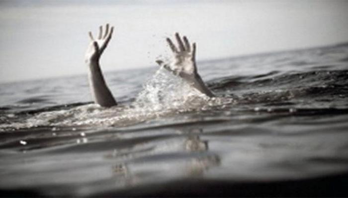 UP: सेल्फी लेने के चक्कर में परिवार के 8 लोग घाघरा नदी में डूबे