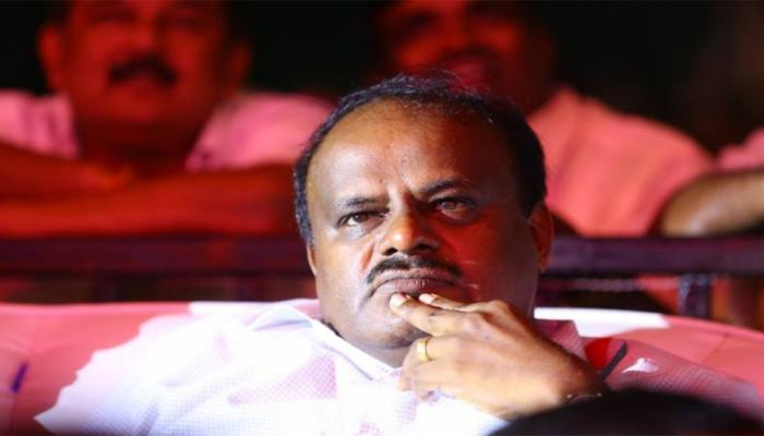 सीएम की कुर्सी तक पहुंचे एचडी कुमारस्वामी की पिता देवगौड़ा के साथ संबंधों में रही है खटास