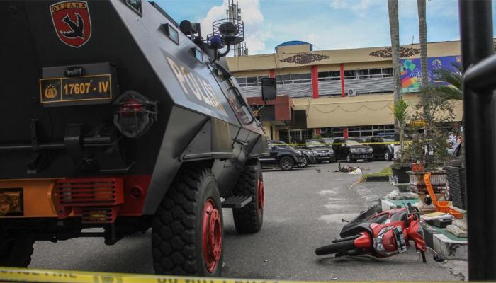 इंडोनेशिया: पुलिस हेडक्वॉर्टर पर आतंकी हमला, एक जवान सहित 5 की मौत