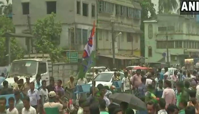पश्चिम बंगाल पंचायत चुनाव नतीजे LIVE : 2,467 सीटों पर TMC का कब्जा, BJP ने जीती 386 सीटें