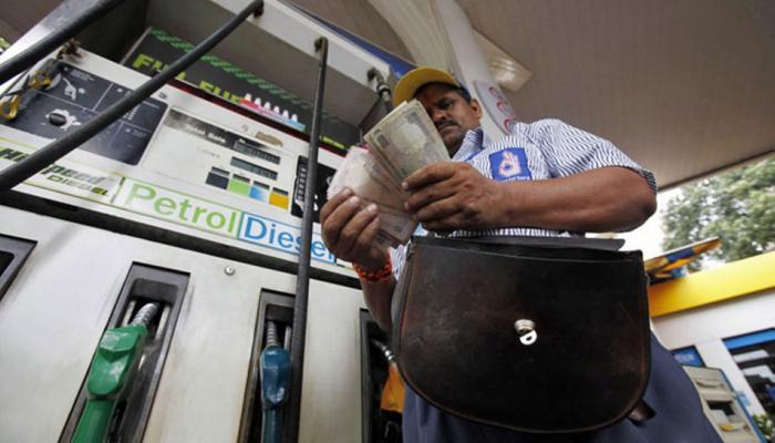 पेट्रोल पंप से उधार में भरवा सकते हैं पेट्रोल-डीजल, इस कंपनी ने दी सुविधा