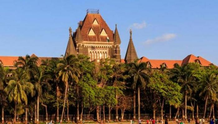 मुंबई में मेडिकल छात्रा को हिजाब पहनने से रोका, हाईकोर्ट ने लगाई कड़ी फटकार
