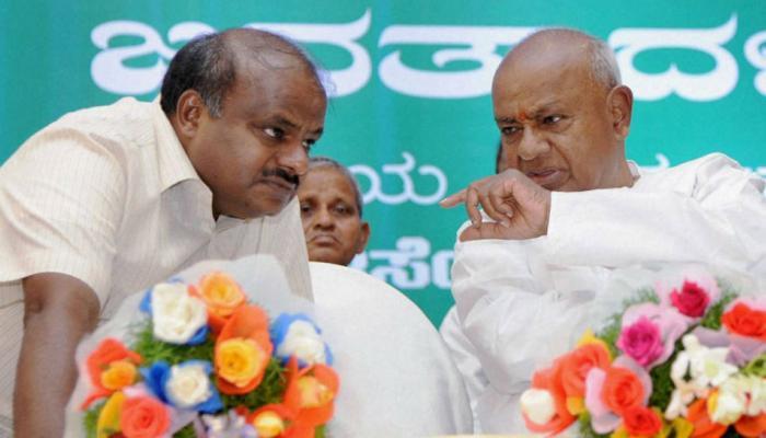 कर्नाटक: फ्लोर टेस्ट से पहले कांग्रेस-जेडीएस में फूट के संकेत, परमेश्वर बोले-5 साल तक कुमारस्वामी का CM रहना तय नहीं