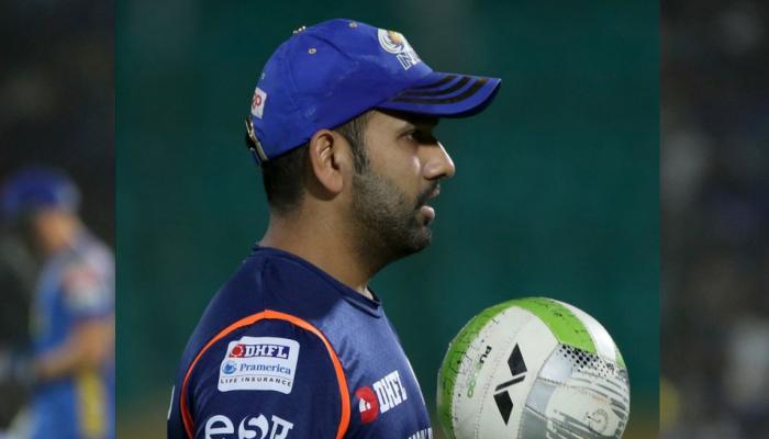 VIDEO : इस खिलाड़ी ने हाथ जोड़कर बिलखते हुए मांगी माफी, रोहित शर्मा का पसीजा दिल