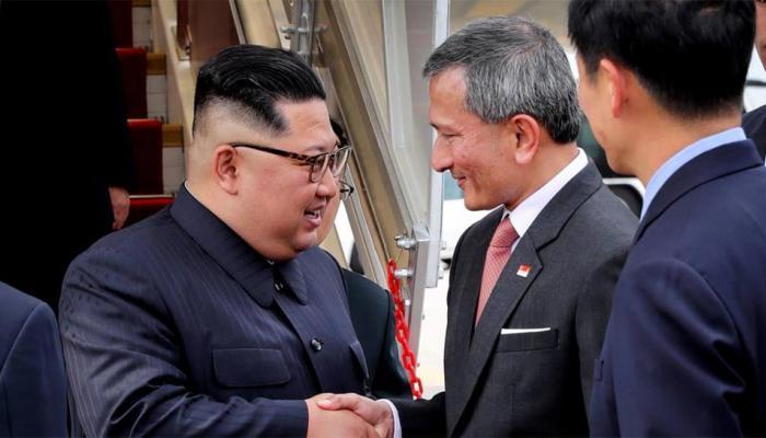 एयर चाइना से उत्तर कोरिया के नेता किम जोंग पहुंचे सिंगापुर, 12 जून को होनी है ट्रंप से मुलाकात