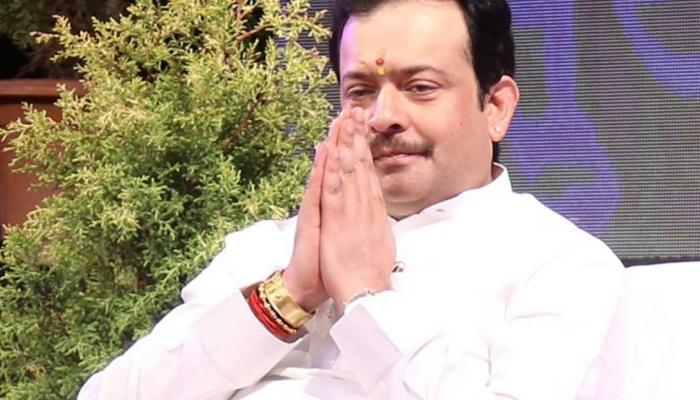 indore sant bhayyu ji maharaj committed suicide unknown Facts about him Madhya Pradesh