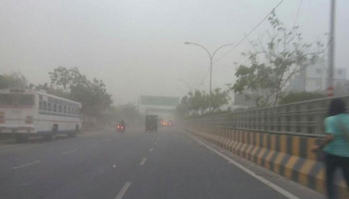यूपी में तूफान और लू ने मचाई तबाही, 14 लोगों की मौत, मौसम विभाग ने जारी किया अलर्ट