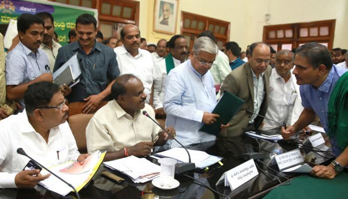 कर्नाटक : सीएम कुमारस्वामी ने फिर किसानों से किया कर्ज माफी का वादा, जानिए क्या कहा