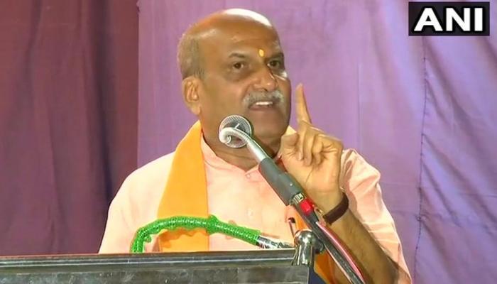 'कर्नाटक में कोई कुत्ता भी मर जाए तो क्या PM मोदी जिम्मेदार हैं', श्रीराम सेना के नेता का बेतुका बयान