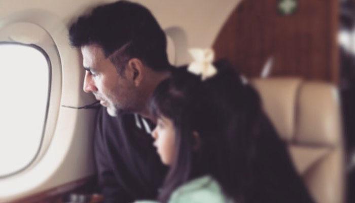 जब बेटी ने अक्षय कुमार को बनाया हवाई घोड़ा...