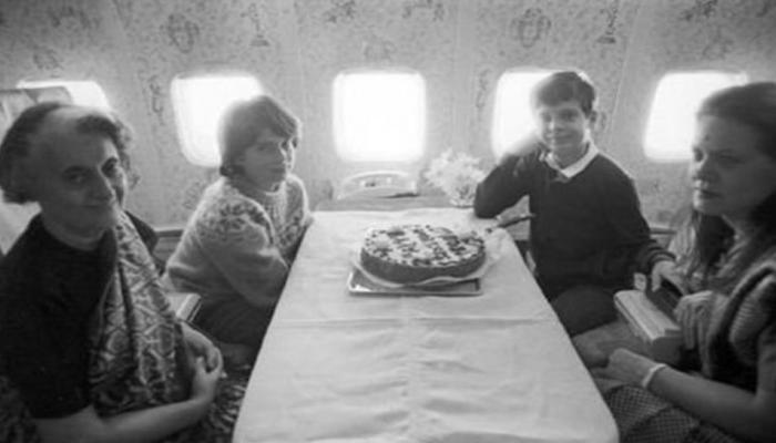 Happy birthday Rahul gandhi : In 1977 Indra gandhi make his birthday in Plane