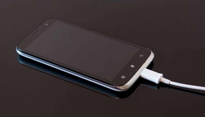 मोबाइल चार्जिंग पर लगा सो रहे थे मलेशिया की नामचीन कंपनी के CEO, बैटरी में ब्लास्ट के साथ गई जान