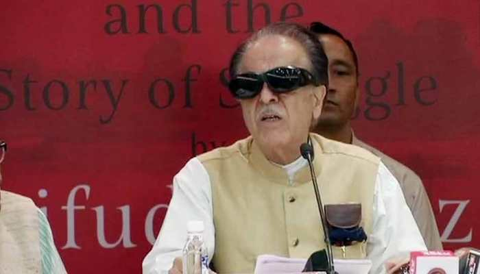 कांग्रेस नेता सैफुद्दीन सोज का कश्मीर पर एक और विवादित कमेंट, इस बार सरदार पटेल का नाम घसीटा
