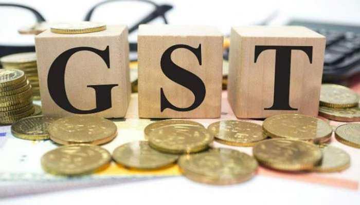 GST की वर्षगांठ धूमधाम से मनाएगी सरकार, रिटर्न फार्म के सरलीकरण पर होगा जोर