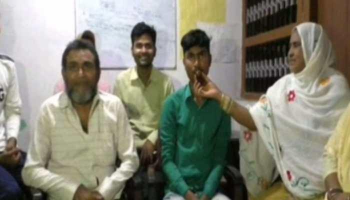 बिहार मैट्रिक रिजल्ट : दर्जी के बेटे ने लहराया परचम, मिला 9वां स्थान