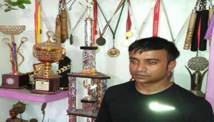 ताइक्वांडो विश्व चैंपियनशिप में भारत का प्रतिनिधित्व करने वाले बिहार के कुंदन कर रहे पैसे का जुगाड़
