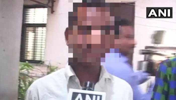 मंदसौर रेप केस : सरकार ने भेजे 5 लाख, पीड़िता के पिता ने कहा- 'पैसे नहीं आरोपी की फांसी चाहिए'