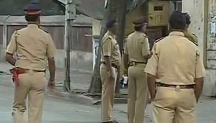 महाराष्ट्र : धुले में बच्चा चोरी के शक में 5 लोगों की पीट-पीटकर हत्या