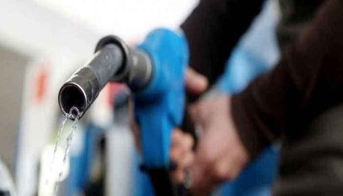 पेट्रोल 31 पैसे, डीजल 17 पैसे तक सस्ता, 6 दिन बाद घटाए गए दाम, जानें आज का भाव