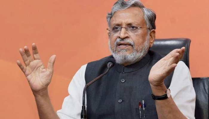 सुशील मोदी ने GST को बताया ऐतिहासिक, कांग्रेस बोली- दायरे में आए पेट्रोल-डीजल