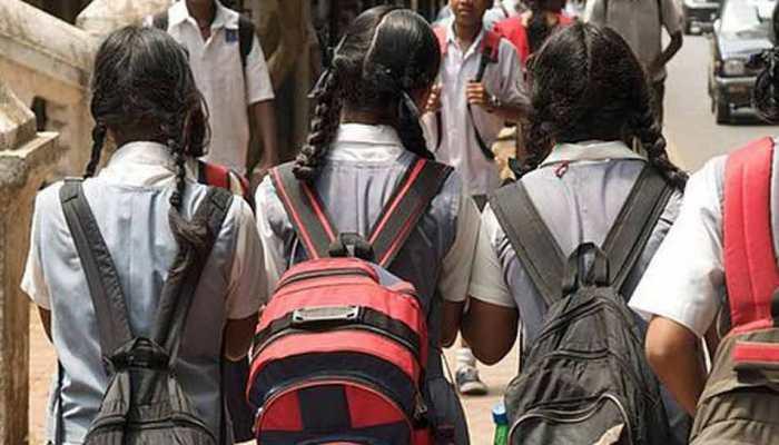 अरुणाचल प्रदेश में छात्राओं से कपड़े उतरवाने पर हुआ एक्शन, सरकार देगी 5-5 हजार रुपए