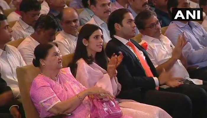Mukesh Ambani daughter in law Shloka mehta attend Reliance industry annual meeting