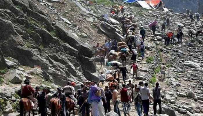 कैलाश मानसरोवर यात्रियों को मुफ्त घर पहुंचा रहा रेलवे