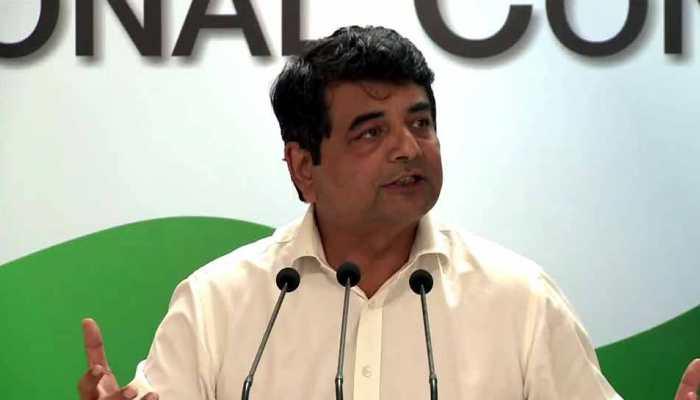 'बेल गाड़ी' पर कांग्रेस का पलटवार- 'सरकार आई तो BJP के 'भ्रष्ट' लोग बेल पर नहीं, जेल में होंगे'