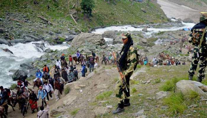 जम्मू-कश्मीर: खराब मौसम की वजह से रोकी गई थी यात्रा, फिर से हुई बहाल