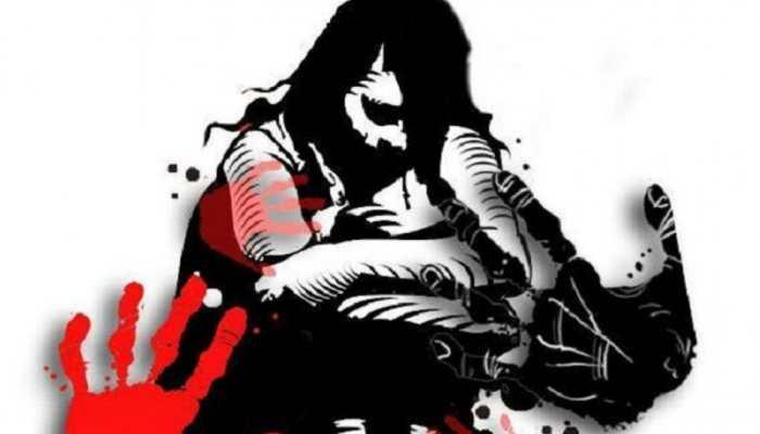 मप्र: घर में घुसकर महिला के साथ बलात्कार, तोड़ी पति की टांग