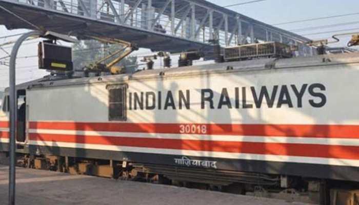 कॉन्ट्रैक्ट पर भी नियुक्तियां करेगा Railway, स्टॉफ की कमी के कारण लिया फैसला