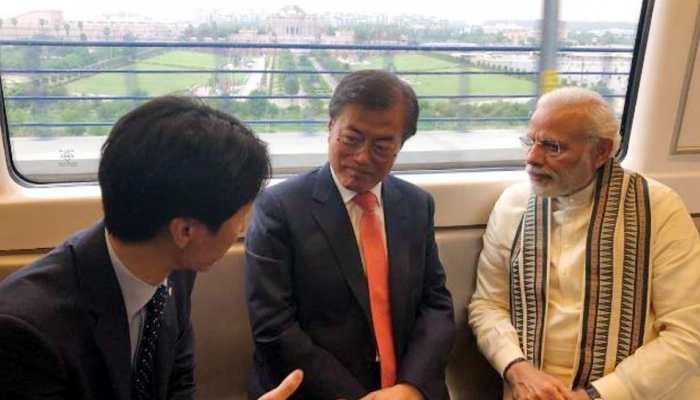 PM मोदी ने अचानक बदला प्रोग्राम, सड़क की जगह मेट्रो से नोएडा पहुंचे, ये थी वजह