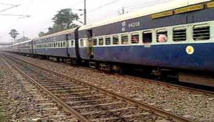 असम में एक्सप्रेस ट्रेन में बिहार की छात्रा से दुष्कर्म के बाद हत्या