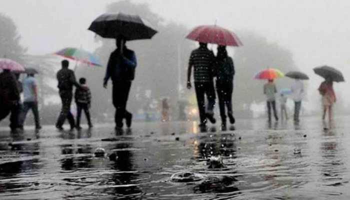 मध्यप्रदेश में अगले 24 घंटे में भारी बारिश की चेतावनी, दिल्ली में जगह-जगह भरा पानी