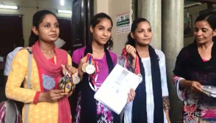 हापुड़ की तीन राष्ट्रीय महिला खिलाड़ियों ने पीएम मोदी से लगाई आर्थिक मदद की गुहार