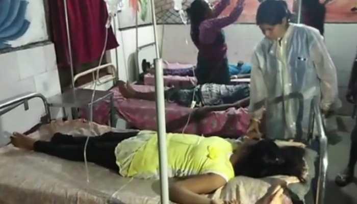छत्तीसगढ़ः फूड पॉइजनिंग के चलते बीमार हुईं 40 छात्राएं, 18 की हालत गंभीर