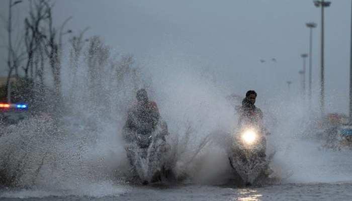 मप्रः सागर में भारी बारिश से लबालब भरी सड़कें, रेलवे ट्रैक हुआ जलमग्न