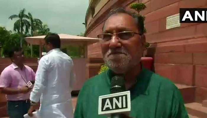 मॉब लिंचिंग : RSS नेता के बयान पर बोली कांग्रेस, 'भारत को पाकिस्तान बनाना चाहते हैं'