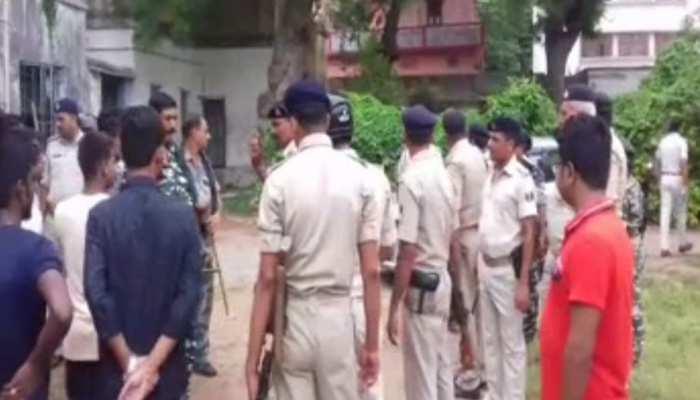 पटना यूनिवर्सिटी : थूक फेंकने को लेकर दो गुटों में झड़प, छात्रों ने की बमबारी