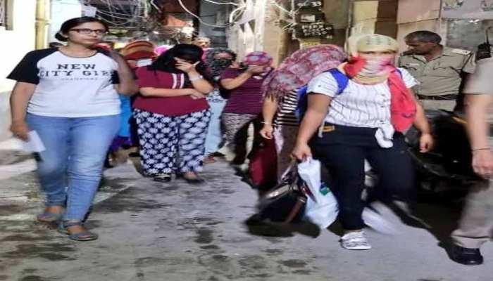 दिल्ली से 16 लड़कियों को इराक और कुवैत भेजने की थी तैयारी, छापा मार कर छुड़ाया गया