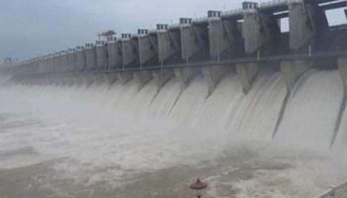 मप्रः कुंडालिया डैम का बढ़ा जलस्तर, डूब की कगार पर खेत और मकान