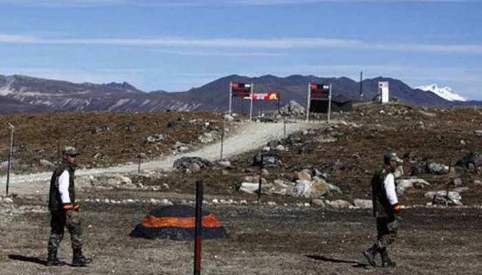 चीन फिर चल रहा 'चाल', डोकलाम में चुपचाप फिर शुरू कीं गतिविधियां : अमेरिकी अधिकारी