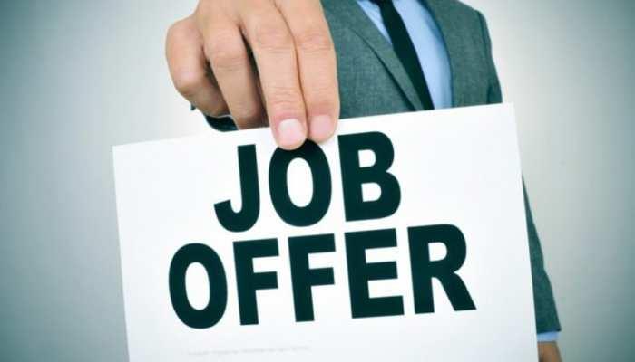राशिफल 27 जुलाई : इन राशिवालों को आज मिलेंगे नई नौकरी के ऑफर, बरसेंगी खुशियां