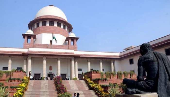 दिल्ली: LG के दफ्तर पर केजरीवाल के धरने को असंवैधानिक घोषित करने को याचिका दायर